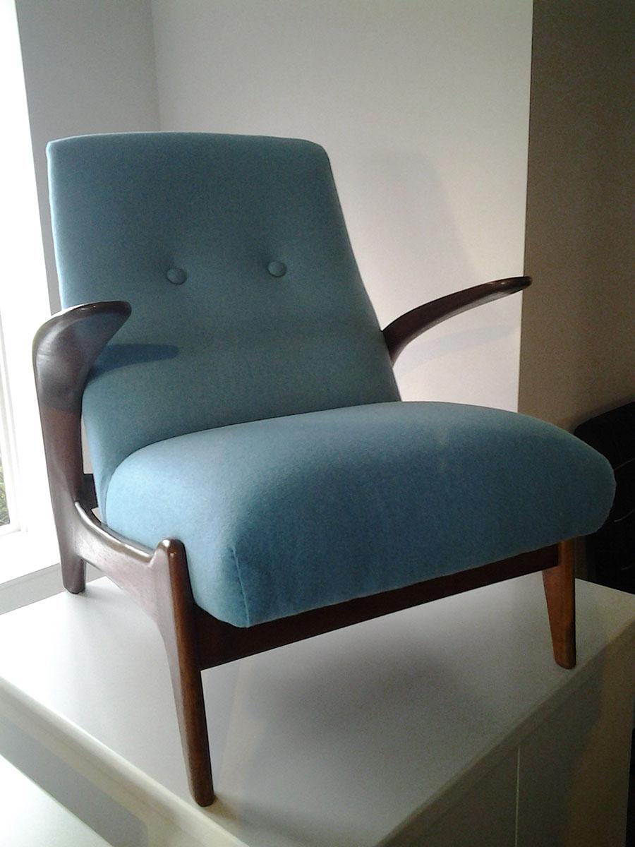 Afgewerkte zetel blauw